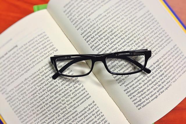 Lectura y comentario de libroknowledge-1052010_640